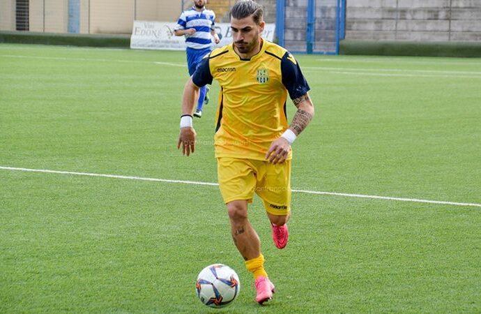 Torna nel Mazara calcio l'attaccante Angelo Rosella