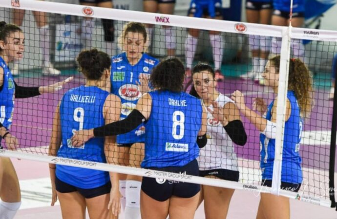 Volley, vittoria all'ultimo respiro per la Sigel
