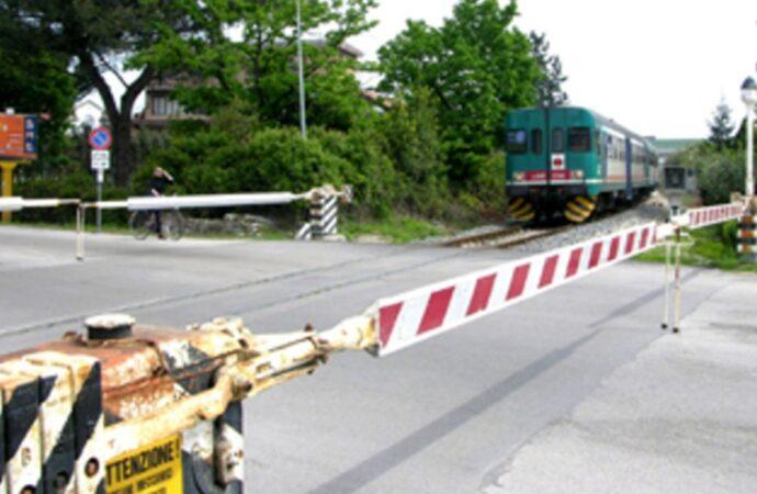 """Ferrovia, pendolari trapanesi rimasti a… """"piedi"""""""