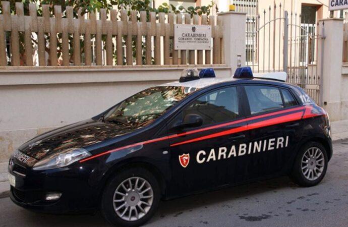 Tentano un furto in una tabaccheria, eseguiti due arresti dai carabinieri di Trapani