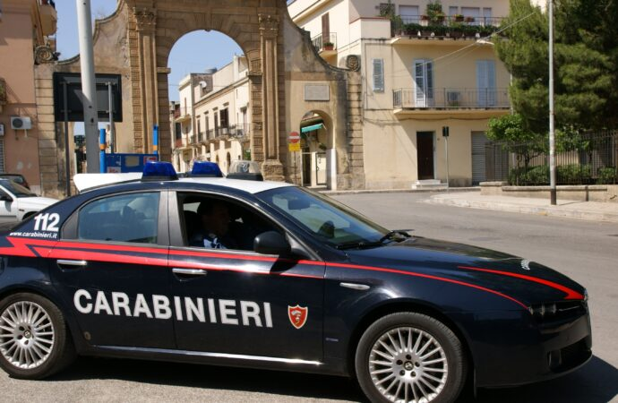 Furto all'ospedale di Castelvetrano, i carabinieri arrestano i presunti autori