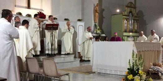 VIDEO – Mazara, don Franco Caruso festeggia i 25 anni di sacerdozio