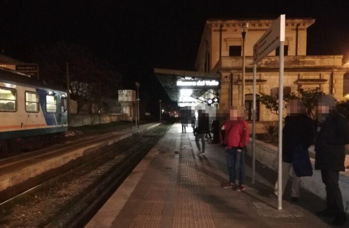 Ferrovia. Venerdì (17) da incubo, con attese anche di oltre tre ore, per i pendolari della tratta Trapani-Alcamo