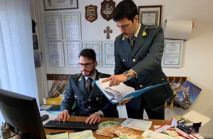 Sicilia, scatta l'operazione Papillon. Scoperta associazione a delinquere