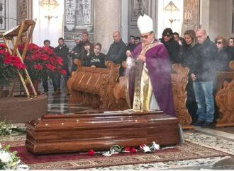 Funerali Garofalo, dura omelia del vescovo Mogavero