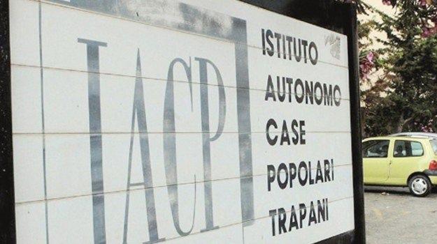 Lo Iacp di Trapani sospende i lavori nei cantieri