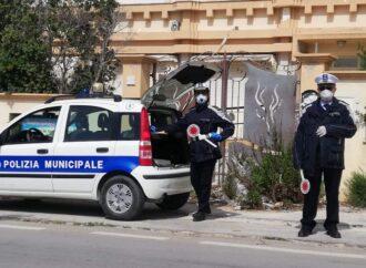 Coronavirus, controlli serrati nelle strade a Mazara dove si è registrato questa mattina un movimento di auto eccessivo