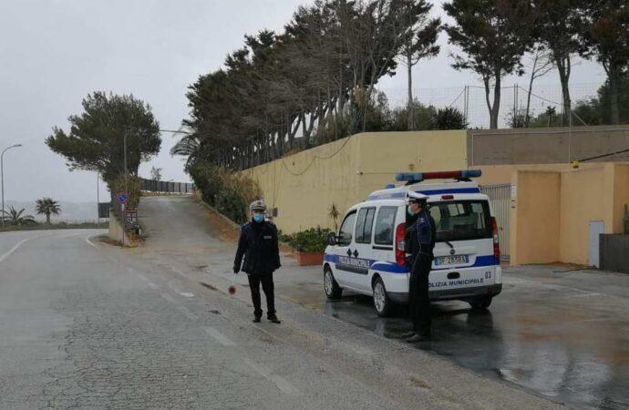 Coronavirus, controlli della Polizia municipale a Castellammare del Golfo