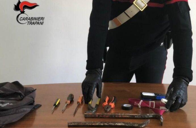 Furto di auto ad Alcamo, arrestato un romeno