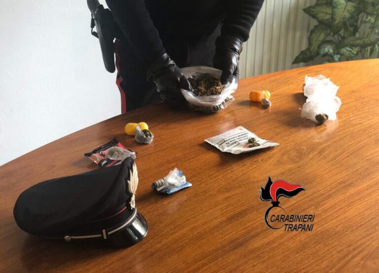 Alcamo, una 55enne arrestata dai carabinieri per spaccio di droga