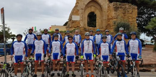 VIDEO – Donate dalla Orthotecnica Cycling 100 uova di pasqua alla Misericordia San Vito