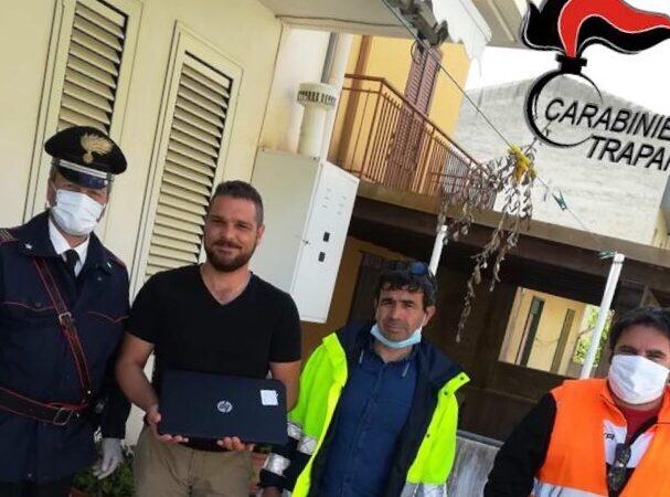 Salaparuta, i carabinieri consegnano Pc per la didattica a distanza