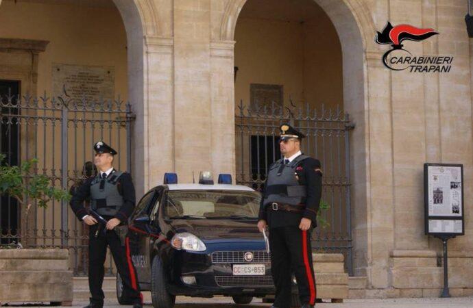 Si scaglia contro i carabinieri, arrestato un 51enne alcamese