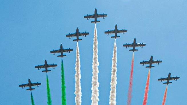 Giro d'Italia delle Frecce Tricolori per celebrare il 2 Giugno