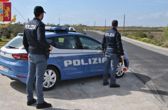 Ubriaco alla guida dell'auto non si ferma al posto di controllo e tenta la fuga, arrestato dalla polizia di Trapani
