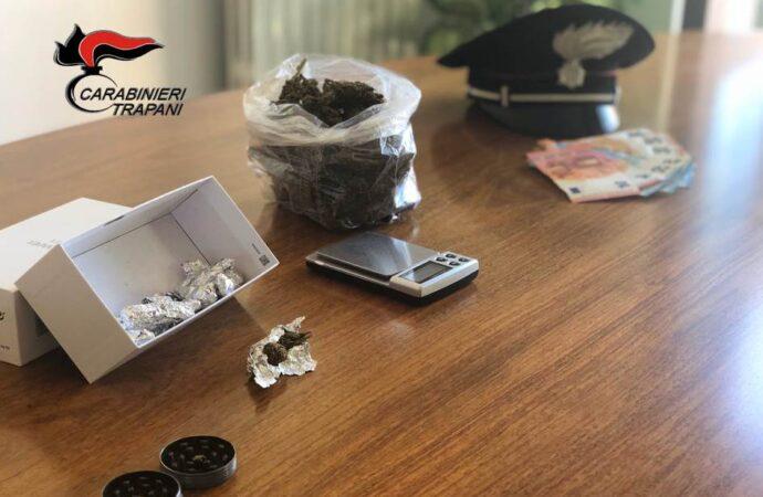 Due minori sorpresi con la droga dai carabinieri, scattano un arresto e una denuncia a Custonaci