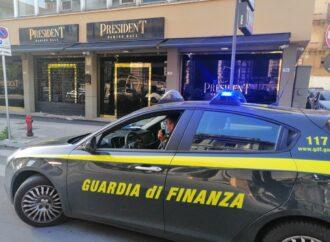 """Operazione """"Washing Hall"""", la guardia di finanza di Palermo arresta due coniugi"""