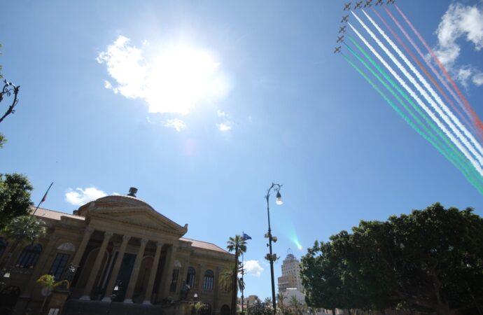 VIDEO – Frecce Tricolori a Palermo, le spettacolari immagini