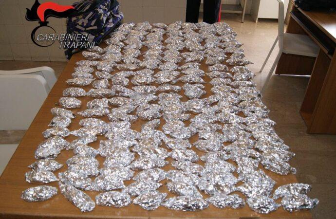 Trovato con droga e banconote false, un 32enne arrestato dai carabinieri di Valderice