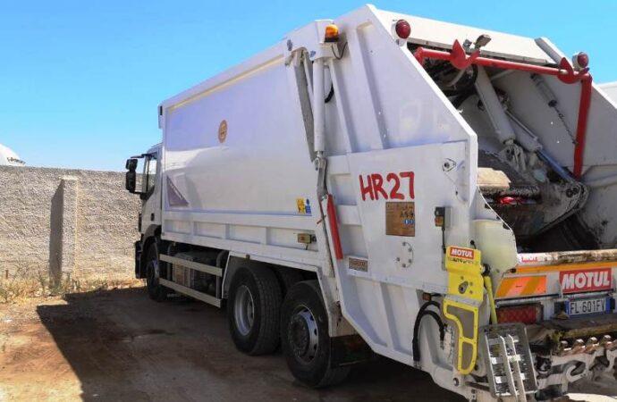 Mazara, danneggiato un compattatore per la raccolta dei rifiuti