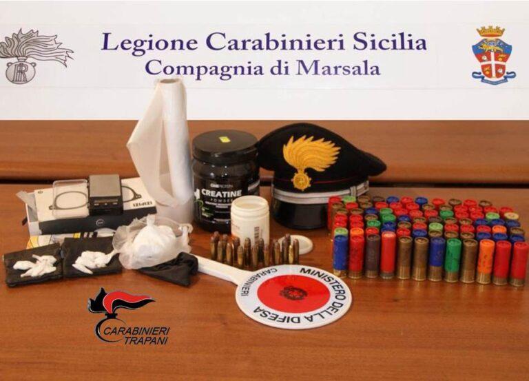 Deteneva in casa droga ed armi, un 46enne arrestato dai carabinieri