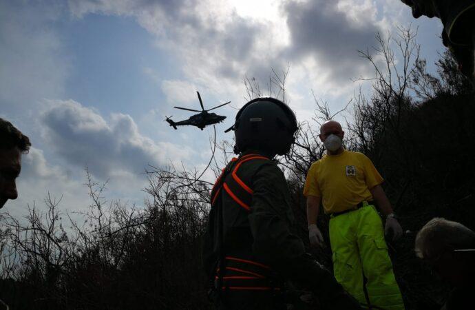 L'82° Centro Csar di Trapani soccorre un cacciatore ferito a Calatafimi