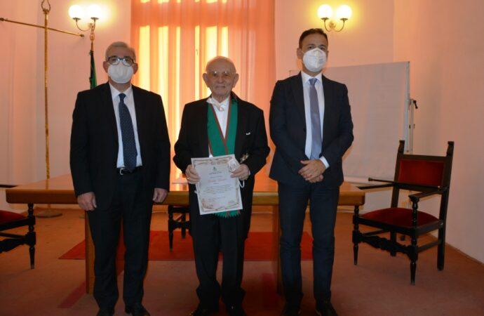 Mazara, conferita l'onorificenza di Cittadino d'Eccellenza al professore Giuseppe Giacalone