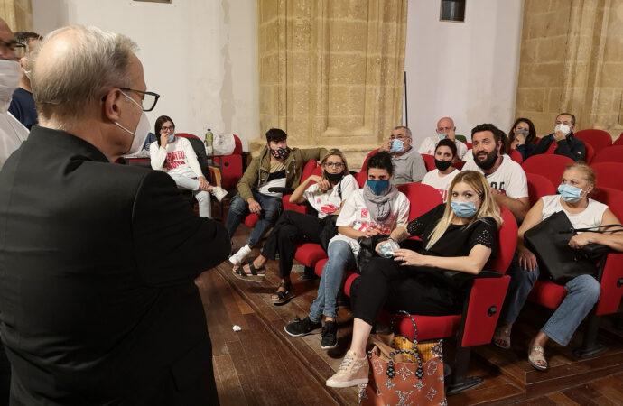 Mazara, domani Veglia di preghiera per i 18 marittimi sequestrati in Libia