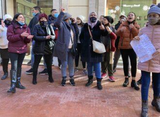 Video – Mazara, non si ferma la protesta dei familiari dei marittimi sequestrati in Libia
