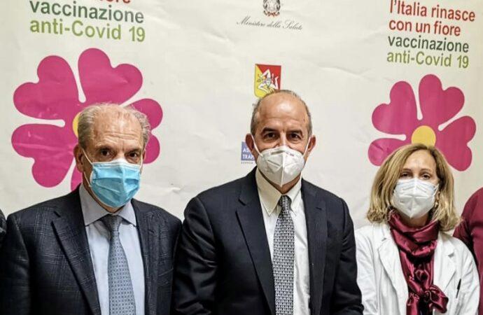 Emergenza Covid, partita la campagna vaccinale nel Trapanese