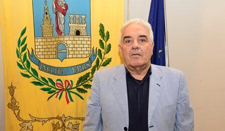 VIDEO  – Politica, il consigliere Gioacchino Emmola risponde a Palermo