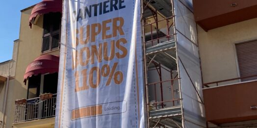 "VIDEO – Mazara,  l' A29 inaugura cantiere in via Salemi con il ""Super bonus"""