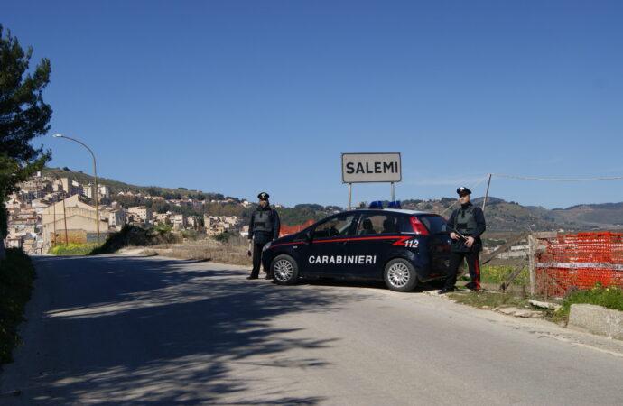 Aggredisce i carabinieri, arrestato a Salemi un 31enne