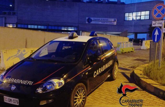 Momenti di tensione per la vaccinazione all'ospedale di Marsala, intervengono i carabinieri