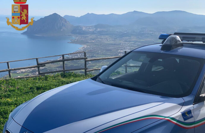 Controlli della polizia stradale di Trapani, elevate 40 multe