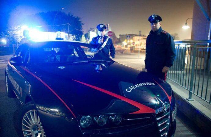 Minaccia i familiari con un  coltello, un uomo arrestato dai carabinieri di Mazara