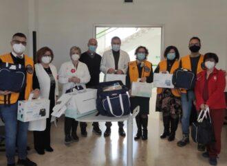 Mazara, il Lions club dona materiale per neonati all'Abele Ajello