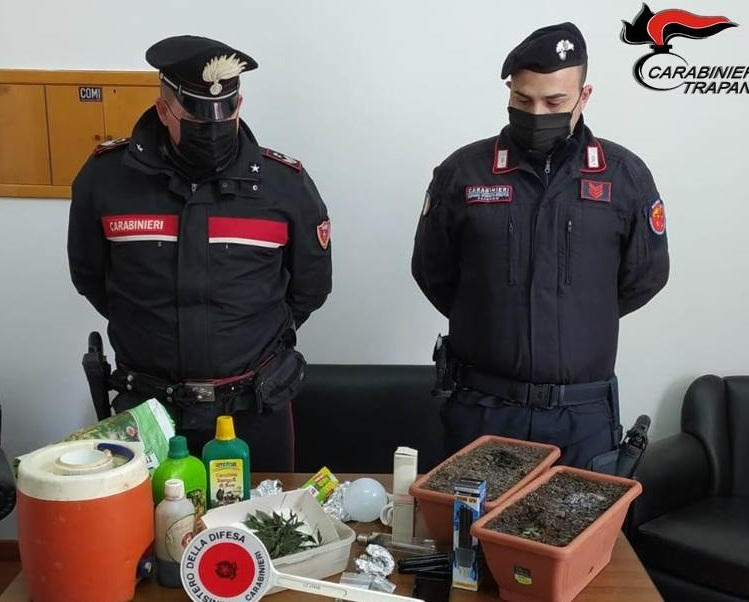 Attività antidroga dei carabinieri di Alcamo, arrestato un 45enne palermitano