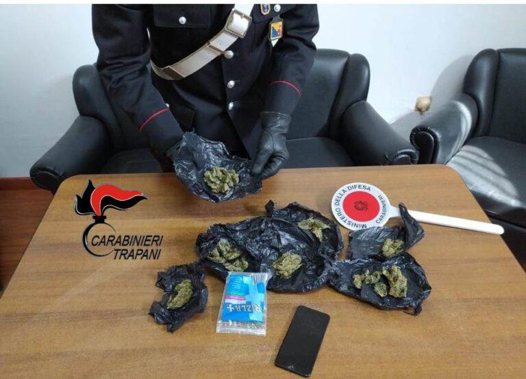 Controlli antidroga dei carabinieri di Alcamo, arrestato un 33enne
