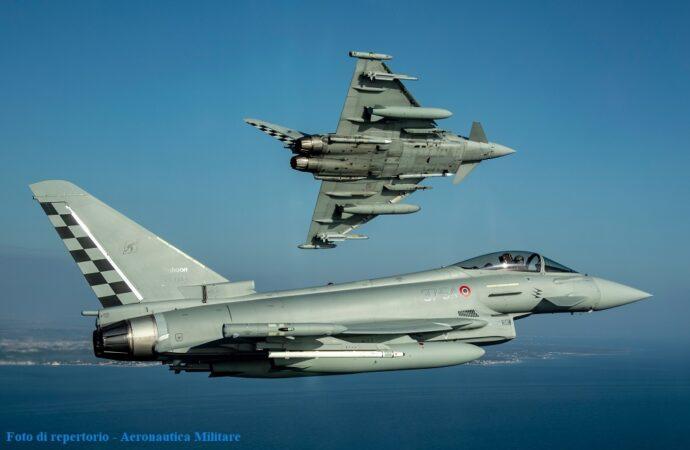 Caccia Eurofighter del 37^Stormo di Trapani intercettano un velivolo civile che aveva perso il contatto radio