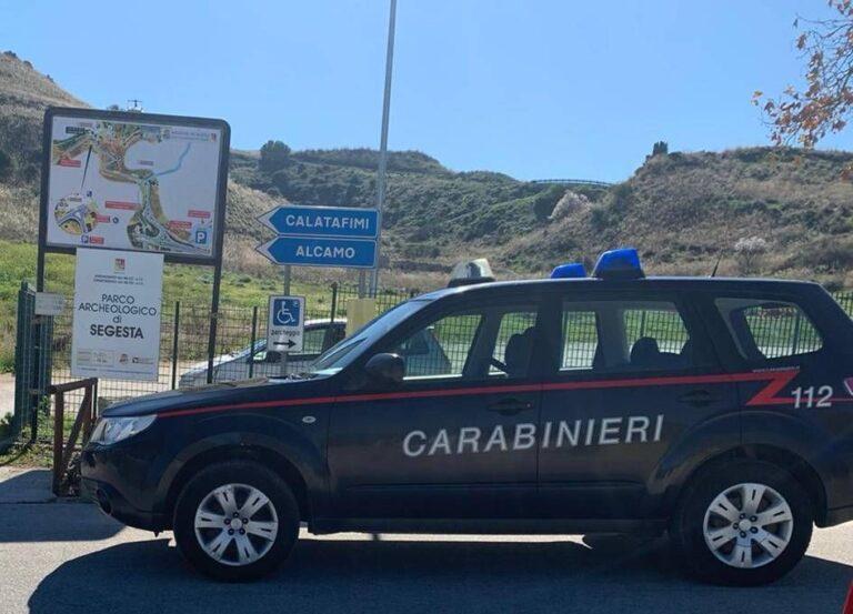 Controlli dei carabinieri di Alcamo, scattano una denuncia e multe