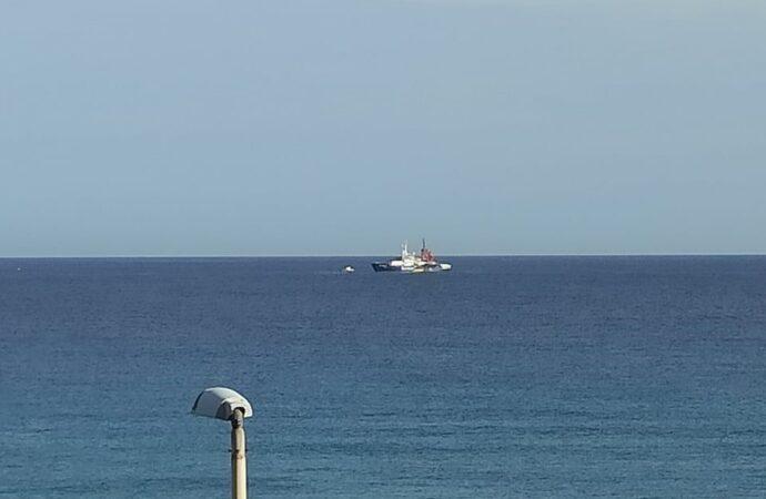 Trapani, arrivata al Molo Ronciglio la Sea Watch 4 con 455 migranti a bordo