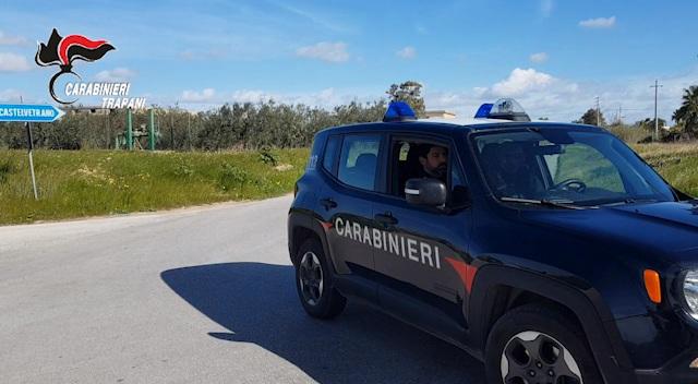 Picchia l'ex moglie, arrestato dai carabinieri a Campobello di Mazara