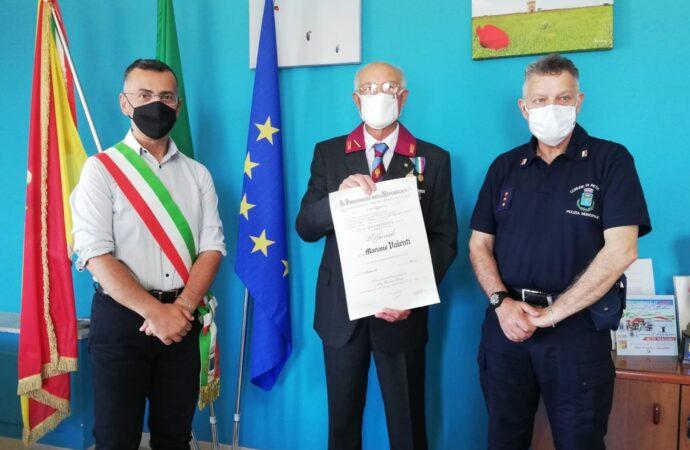 Al petrosileno Mariano Valenti l'Onorificenza della Repubblica Italiana
