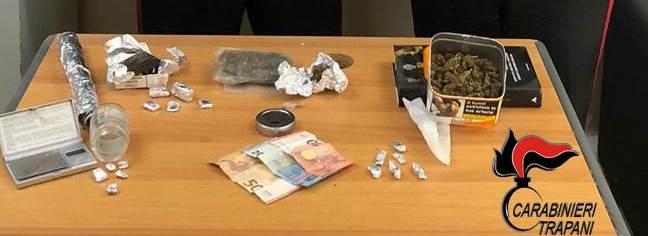 Contrasto allo spaccio di stupefacenti, a Trapani scattano 3 arresti e 2 denunce