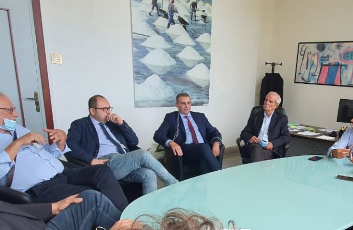 Castellammare, la giunta ha incontrato l'assessore regionale Scilla
